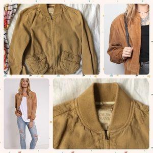 🐪 tan bomber jacket